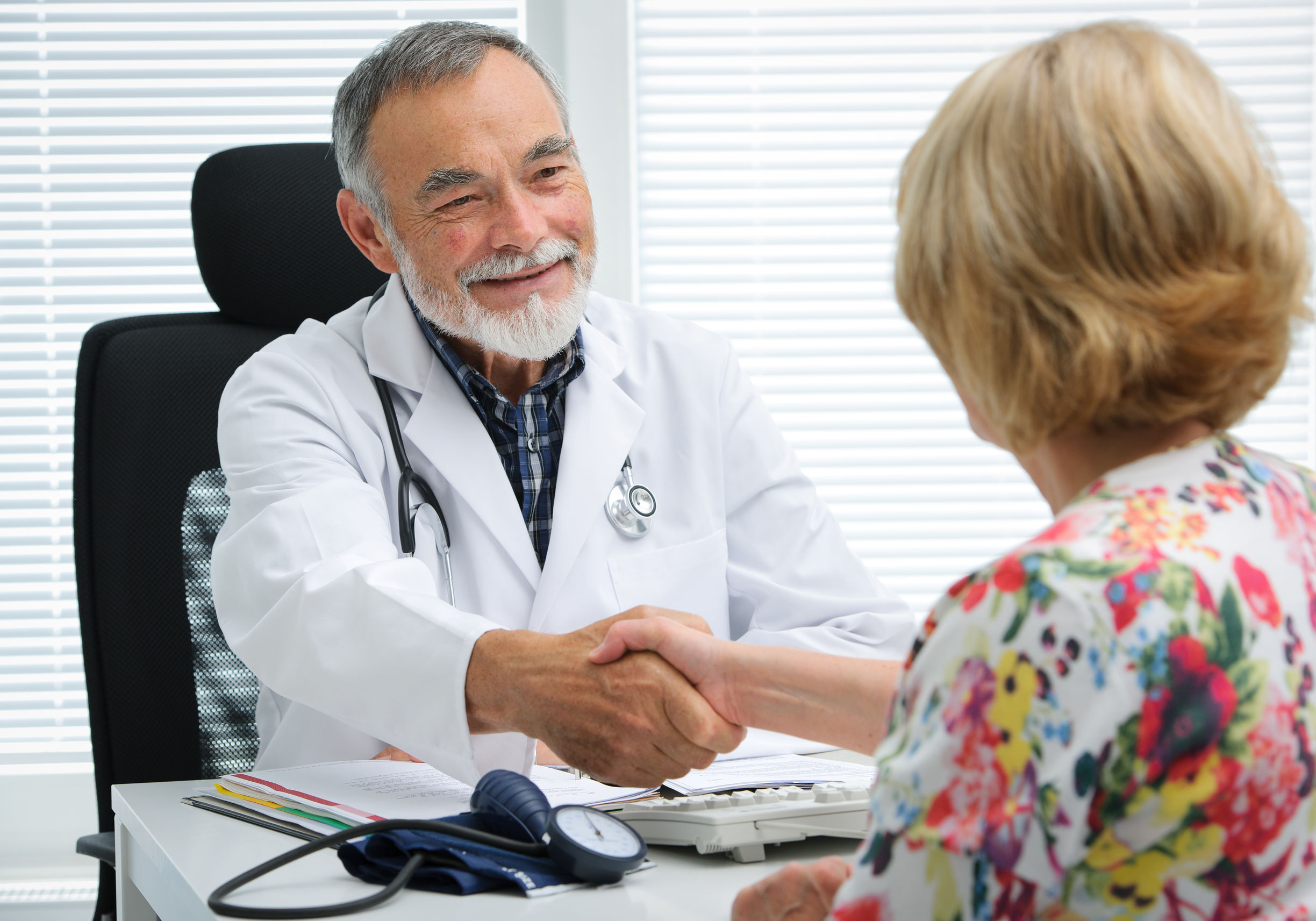 suboxone doctor caring for patient